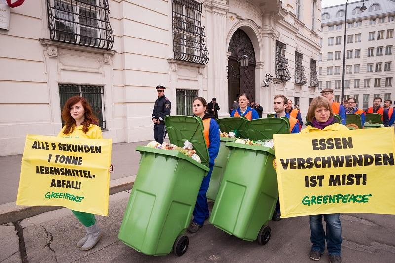 Müllmarsch gegen Lebensmittelverschwendung